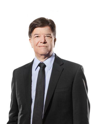 Jean-Luc Brunet, CPA, CA 1